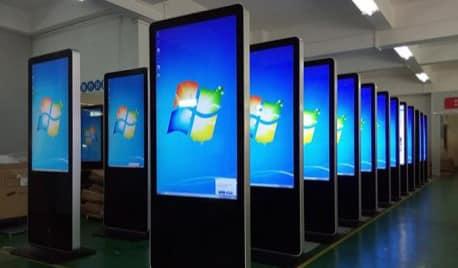 Digital Signage - LED Wall - Microsoft totem