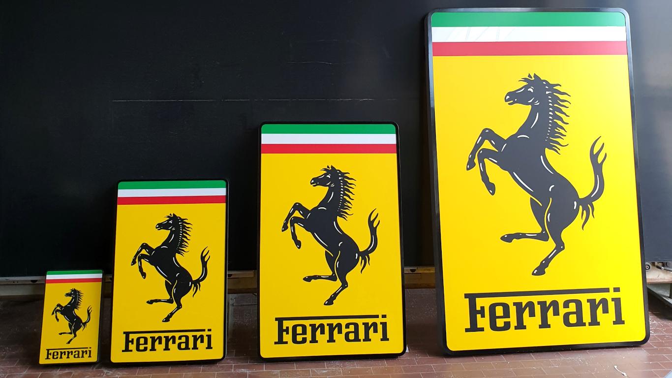 Insegne - Ferrari