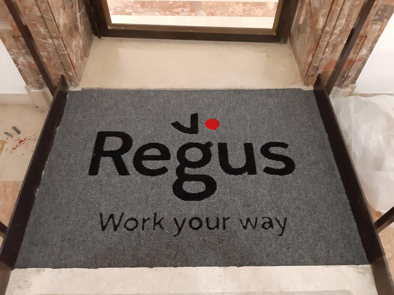 Branding - Regus BO4