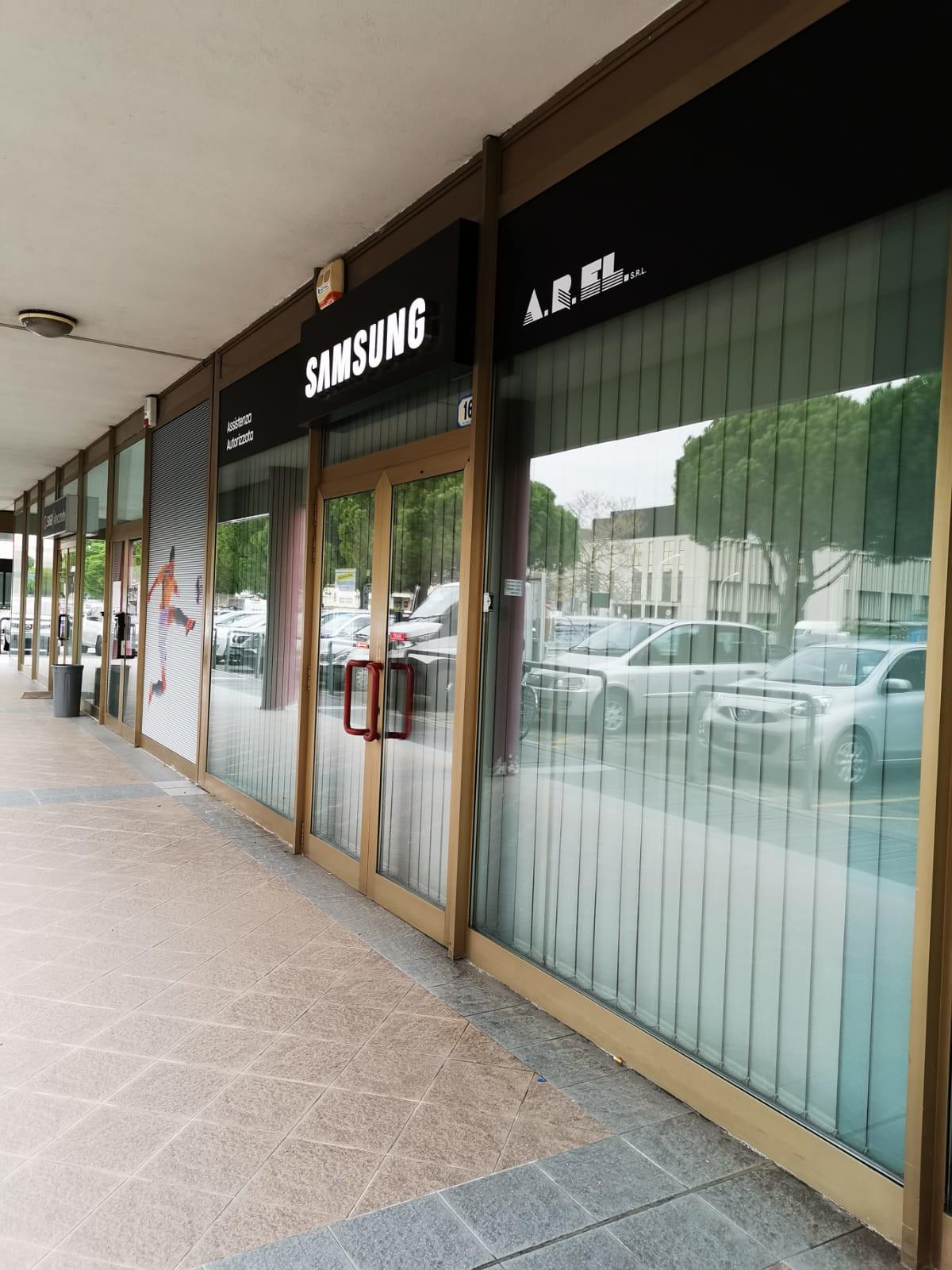 Insegna - Samsung6